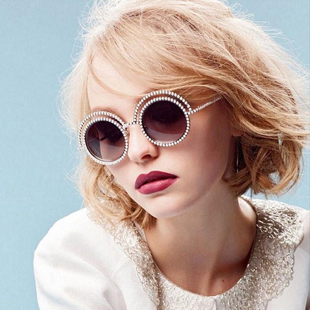 Lily Rose Depp volto della nuova campagna Eyewear di Chanel