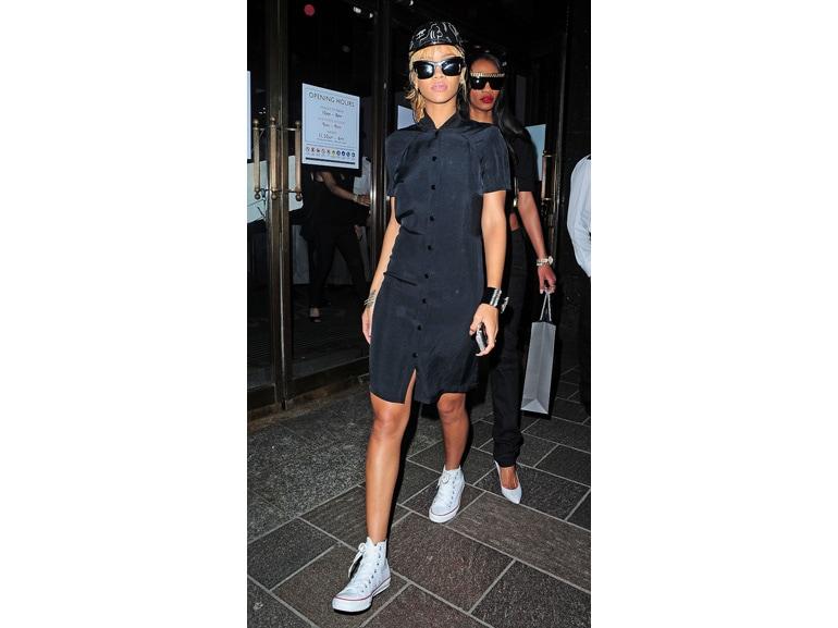 Rihanna-Olycom