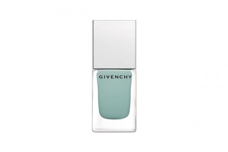 Smalti blu: i nostri preferiti dell'Estate 2015 – Givenchy
