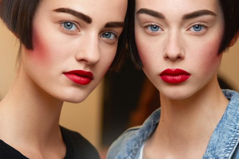 Chanel Haute Couture Autunno/Inverno 2015-2016: il make up e il backstage beauty