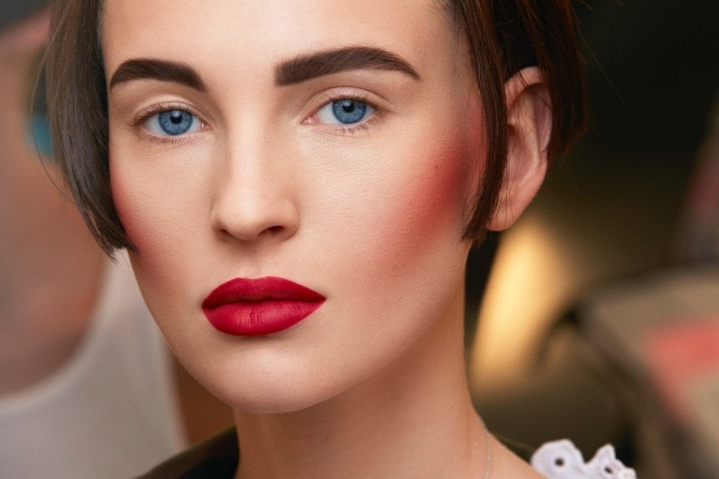 Chanel Haute Couture A/I 2015-2016: base viso impeccabile