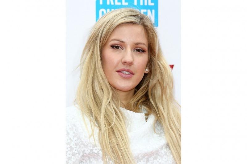Ellie Goulding trucco: base viso luminosa