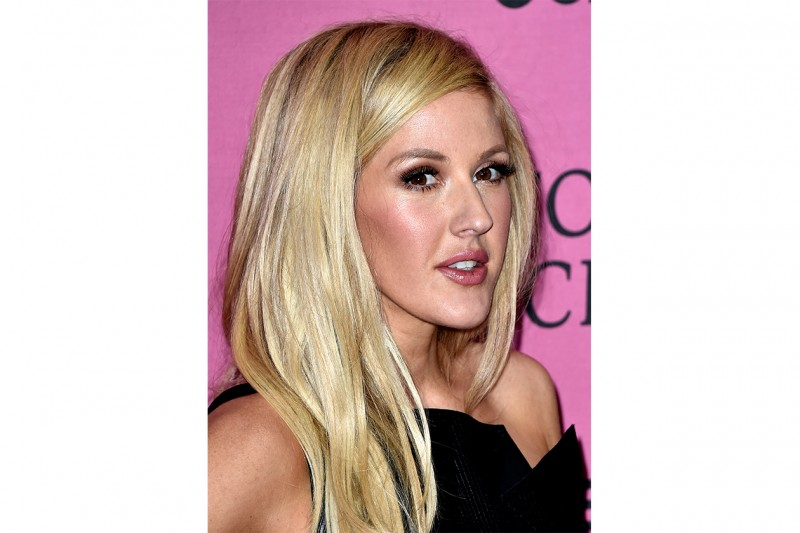 Ellie Goulding trucco: luce sulle gote