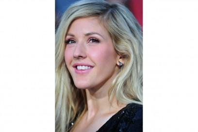 Ellie Goulding trucco: rosa perlato per la bocca