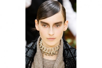 tendenze-capelli-autunno-inverno-2015-2016-sfilata-Chanel