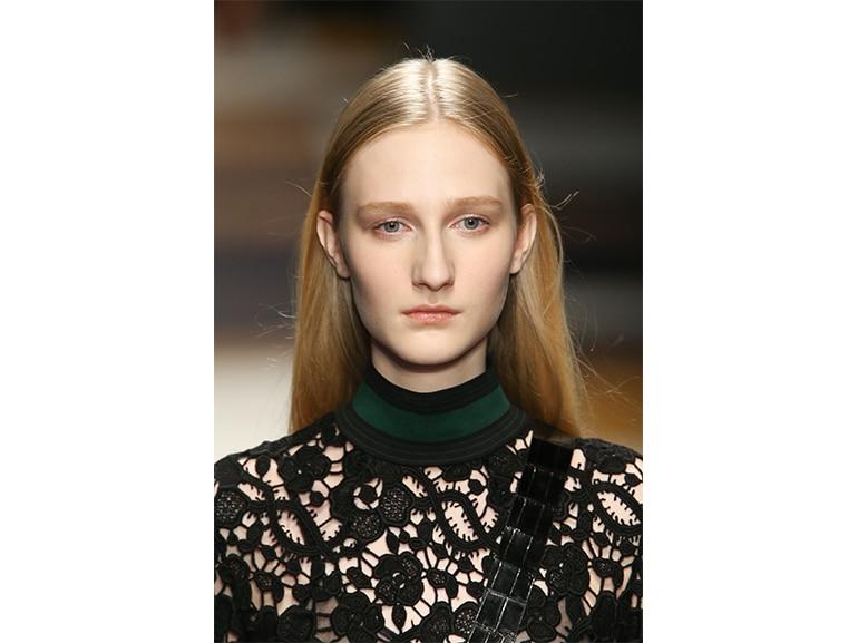 tendenze-capelli-autunno-inverno-2015-2016-sfilata-Salvatore-Ferragamo