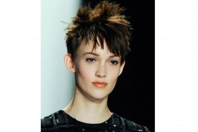 Carmen Marc Valvo capelli corti