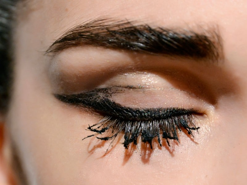 trend eyeliner AI 7