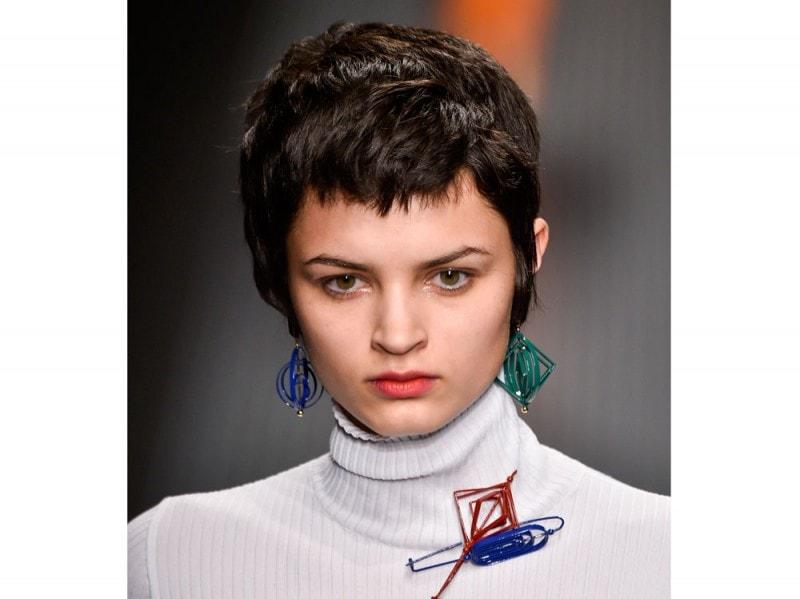 MSGM capelli corti