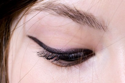 trend eyeliner AI 4