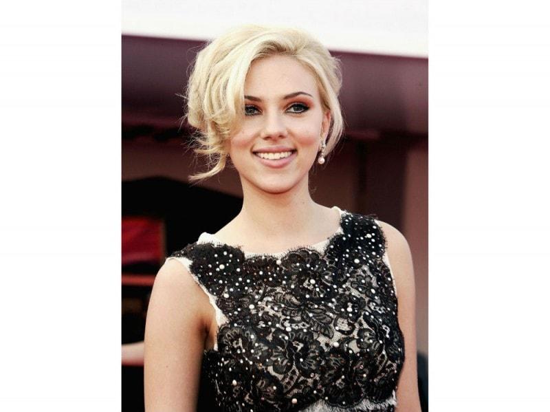 cateye Scarlett Johansson
