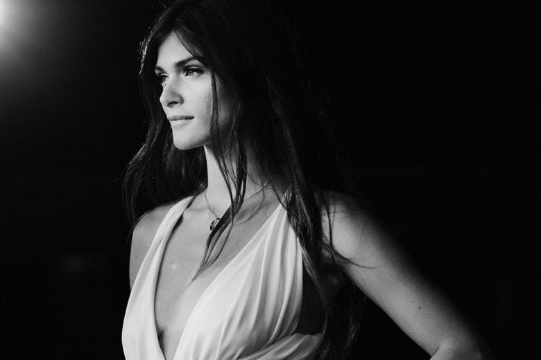 Elisa Sednaoui: i make up naturali e i capelli mossi