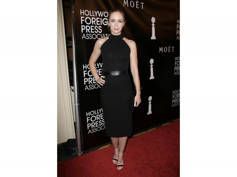 emily-blunt-in-michael-kors-olycom