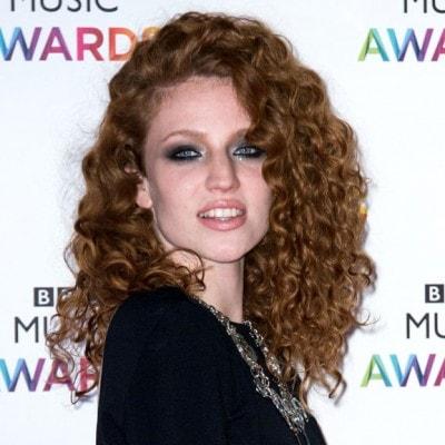 Jess Glynne: «Non sono mai stata una ragazza da X Factor»