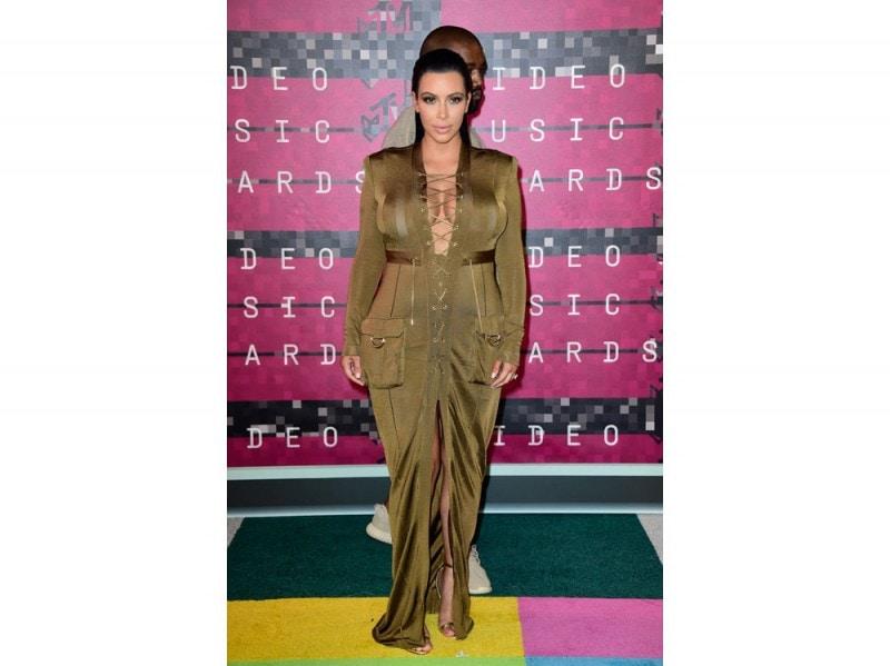 kim-kardashian-vma-215-getty