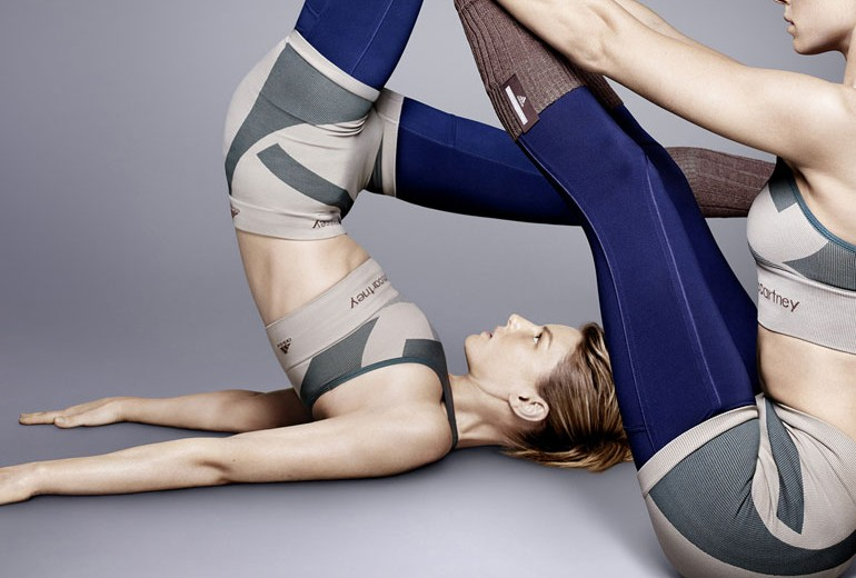 Fate Yoga con Adidas e Stella McCartney
