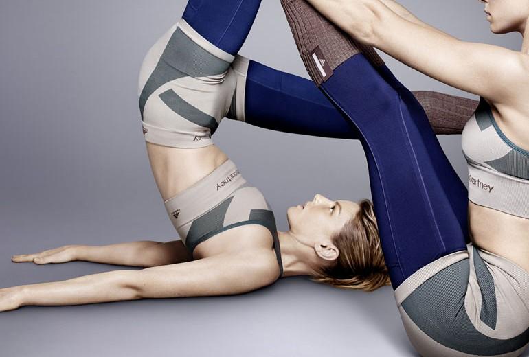Fate Yoga con Adidas e Stella McCartney
