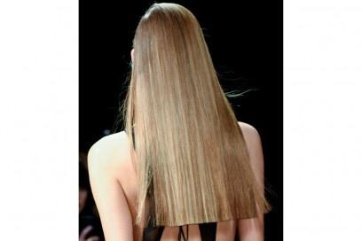tendenze-capelli-lunghi-autunno-inverno-2015-2016-sfilata-Donna-Karan-New-York