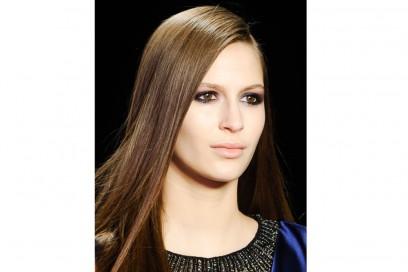 tendenze-capelli-lunghi-autunno-inverno-2015-2016-sfilata-Monique-Lhuillier