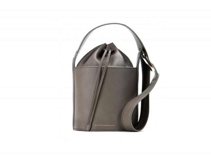 victoria-beckham-bucket-bag