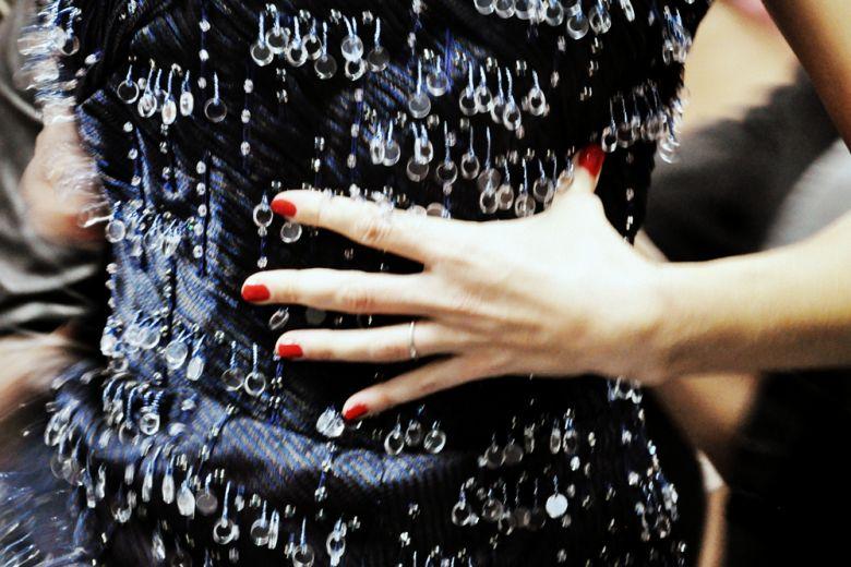 Il fil rouge del beauty look di Giorgio Armani PE 2016