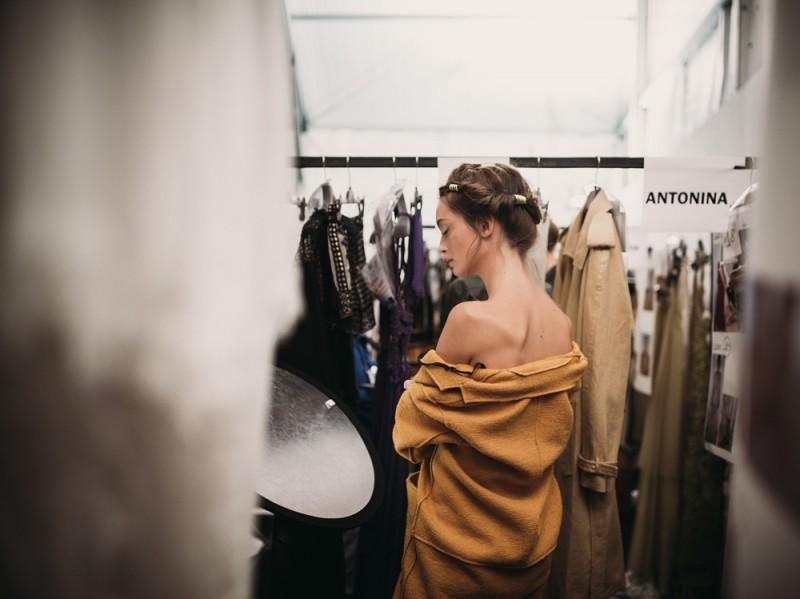 Alberta_Ferretti_backstage_web-66