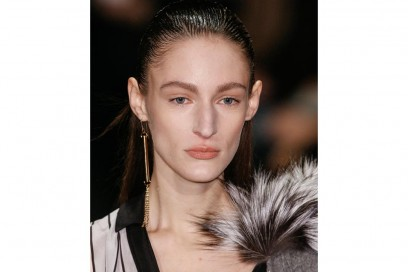 Alexis Mabille capelli sleek
