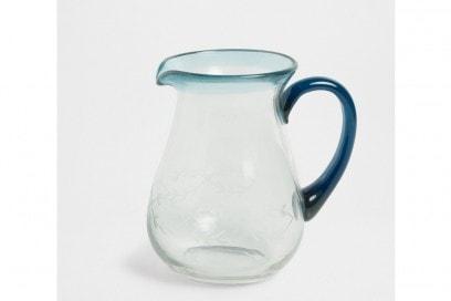 Brocca in vetro intagliata