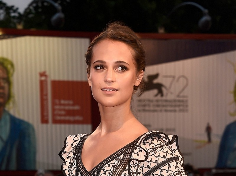 Festival-del-cinema-di-venezia-2015-beauty-look-alicia-vikander