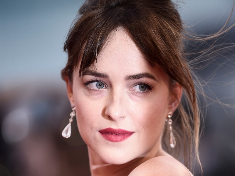 Festival-del-cinema-di-venezia-2015-beauty-look-dakota-johson