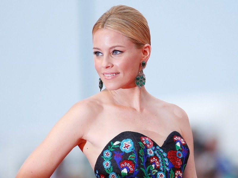 Festival-del-cinema-di-venezia-2015-beauty-look-elizabeth-banks-3