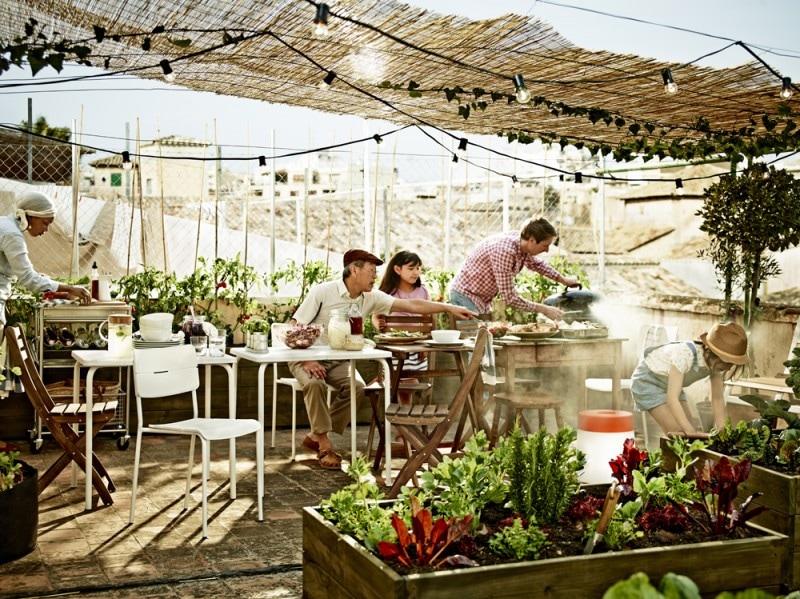 Il tavolo outdoor VÄDDO