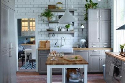Lavello in ceramica bianca di IKEA