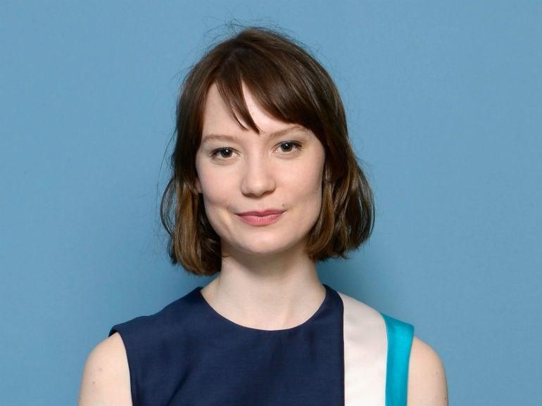 Mia Wasikowska (2)
