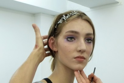 N21_Backstage-SS16-Girls-Make-Up-1-Bis