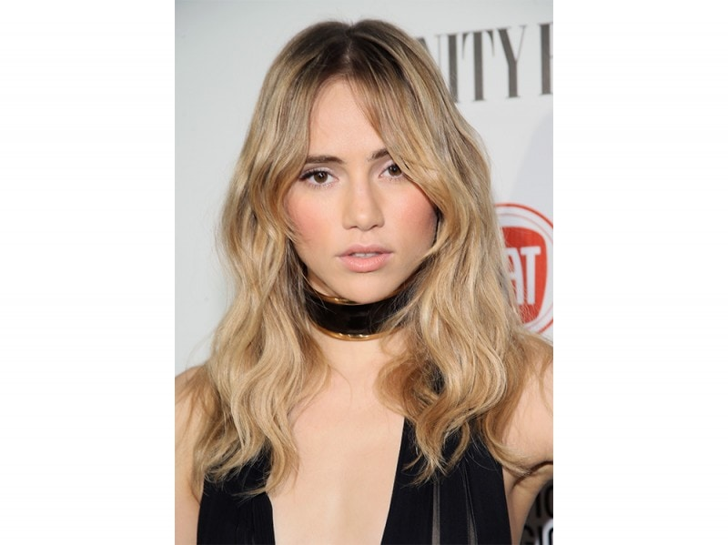 Suki-Waterhouse-make-up-5