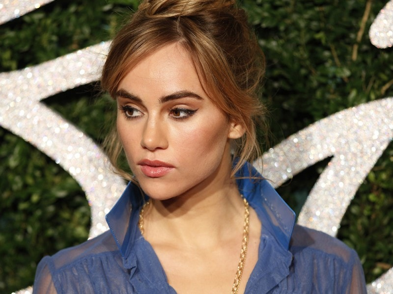 Suki-Waterhouse-make-up-6