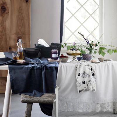 Rinnovare la tavola d'autunno con una tovaglia tutta nuova