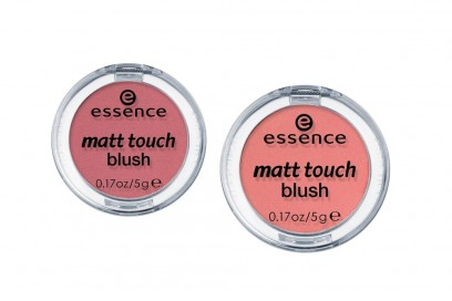 essence-matt-touch-blush