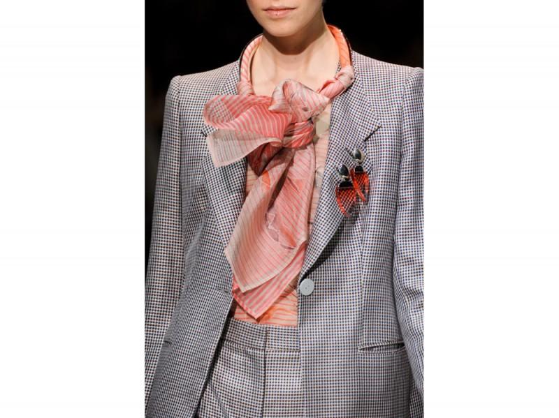 giorgio-armani-pe-2016-foulard