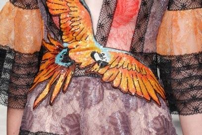 gucci-pe-2016-dettaglio-pappagallo