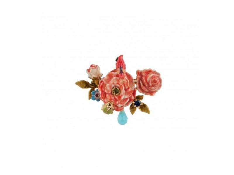 les-nereides-broche-cardinal-rouge-et-bouquet-de-roses