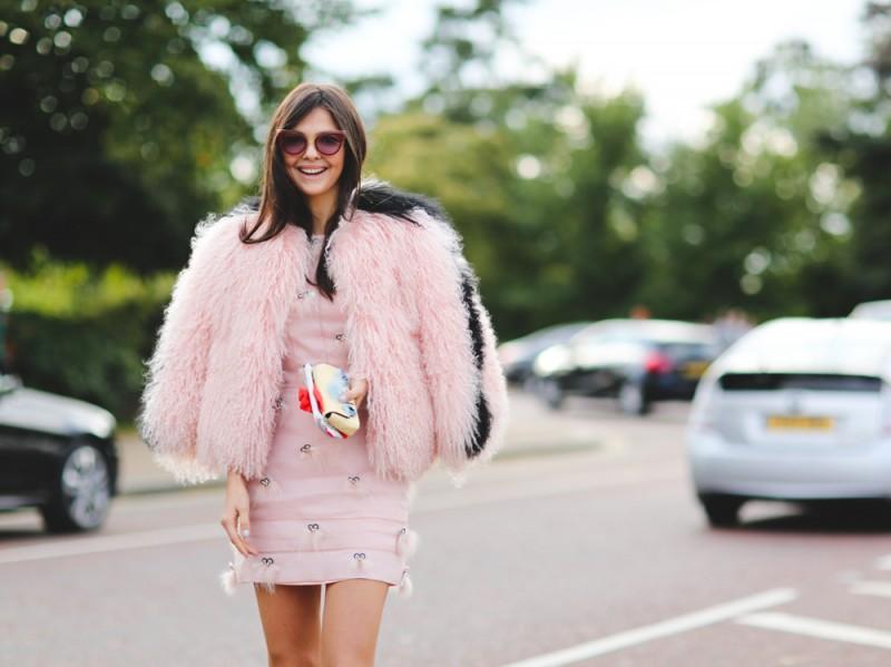 london-ss-16-pelliccia-rosa