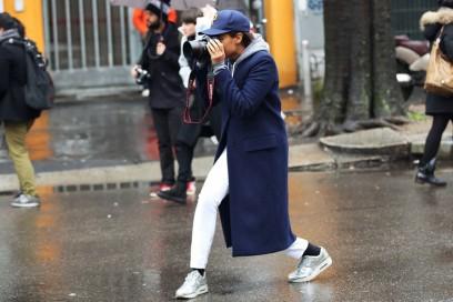 tamu mcpherson cappotto blu sneakers