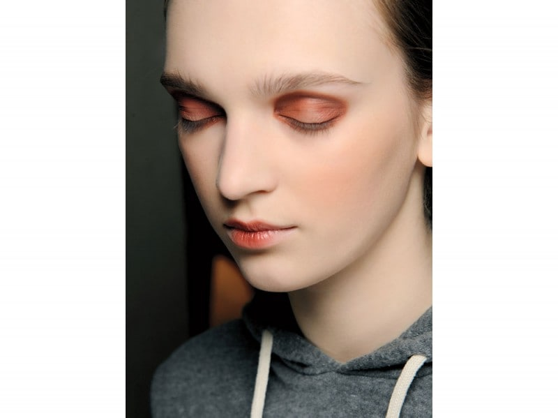 tendenza-trucco-occhi-mac-cosmetics-autunno-inverno-2015-2016-sfilata-a-marras