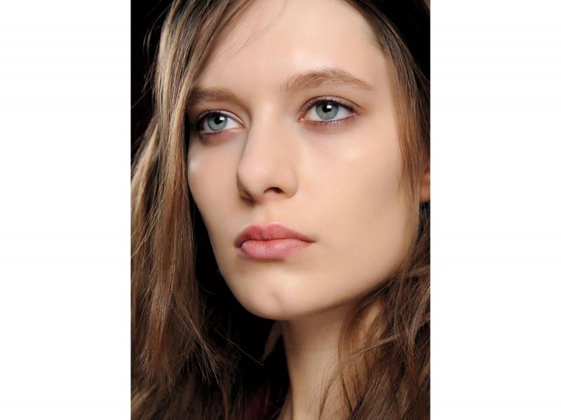 tendenza-trucco-occhi-mac-cosmetics-autunno-inverno-2015-2016-sfilata-marco-de-vincenzo
