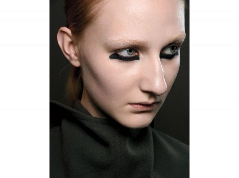 tendenza-trucco-occhi-mac-cosmetics-autunno-inverno-2015-2016-sfilata-r-owens