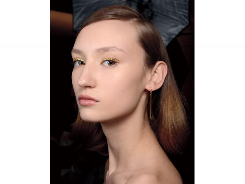 tendenza-trucco-occhi-mac-cosmetics-autunno-inverno-2015-2016-sfilata-t-shoji