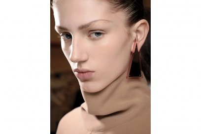 tendenze-viso-mac-cosmetics-autunno-inverno-2015-2016-sfilata-jw-anderson