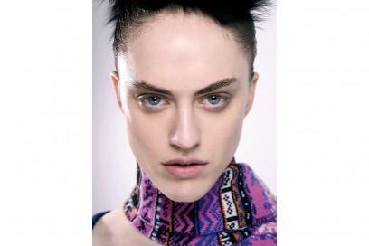 tendenze-viso-mac-cosmetics-autunno-inverno-2015-2016-sfilata-sibling